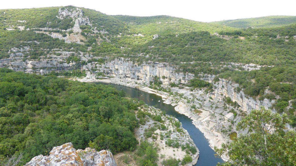 Passer des vacances en camping en Ardèche